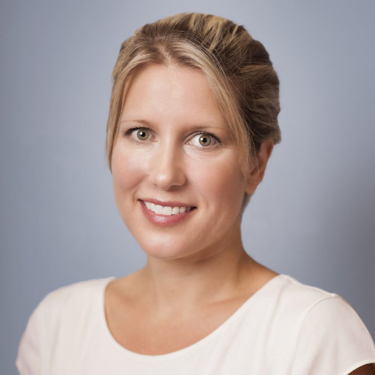 portrait of Dr. Heather Dowling, a dentist at Seycove Dental in North Vancouver, BC